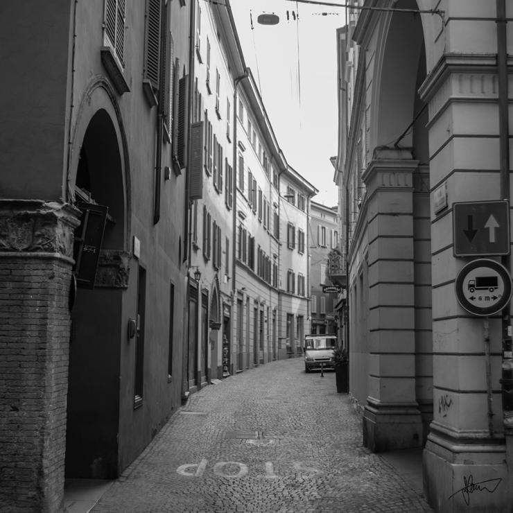 Bologna Street 1024