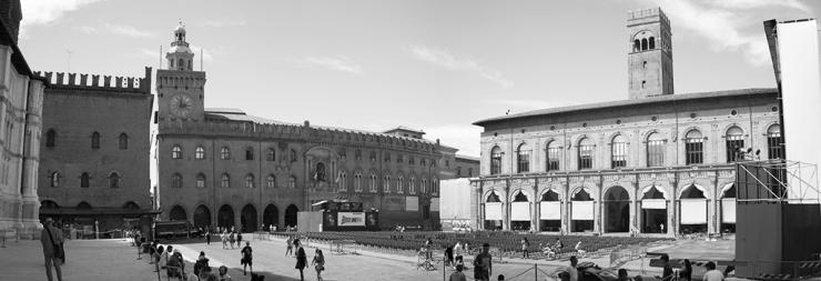 Piazza Maggiore 1024